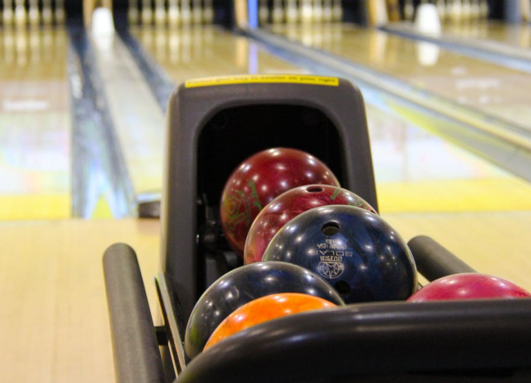 Best Bowling Balls of all time – How to Choose the Best Bowling Ball